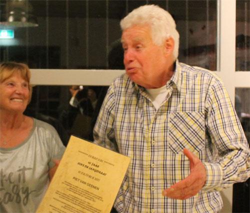 Drie jubilarissen onderscheiden op jaarvergadering De Langstraat